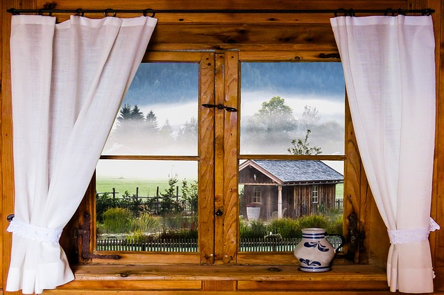 okno chaty
