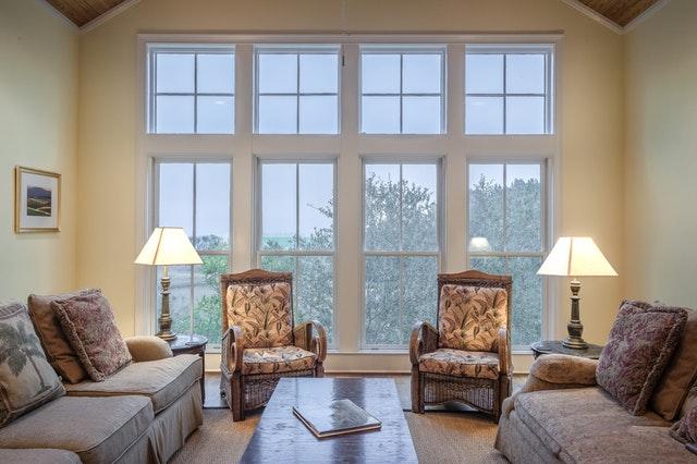 Prečo je v prípade okien vhodné zvoliť ich kvalitné (a drahšie) prevedenie